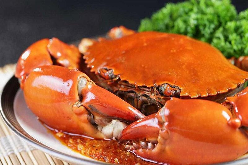 Chế biến các món siêu ngon từ cua với dịch vụ nấu ăn chuyên nghiệp