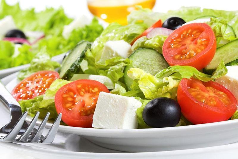 Tổng hợp các món Salad tô điểm mới lạ cho buổi tiệc cưới chay