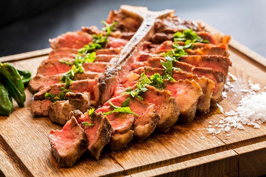 Đặt tiệc tân niên quận 3 - Tổng hợp món ngon từ thịt bò hấp dẫn