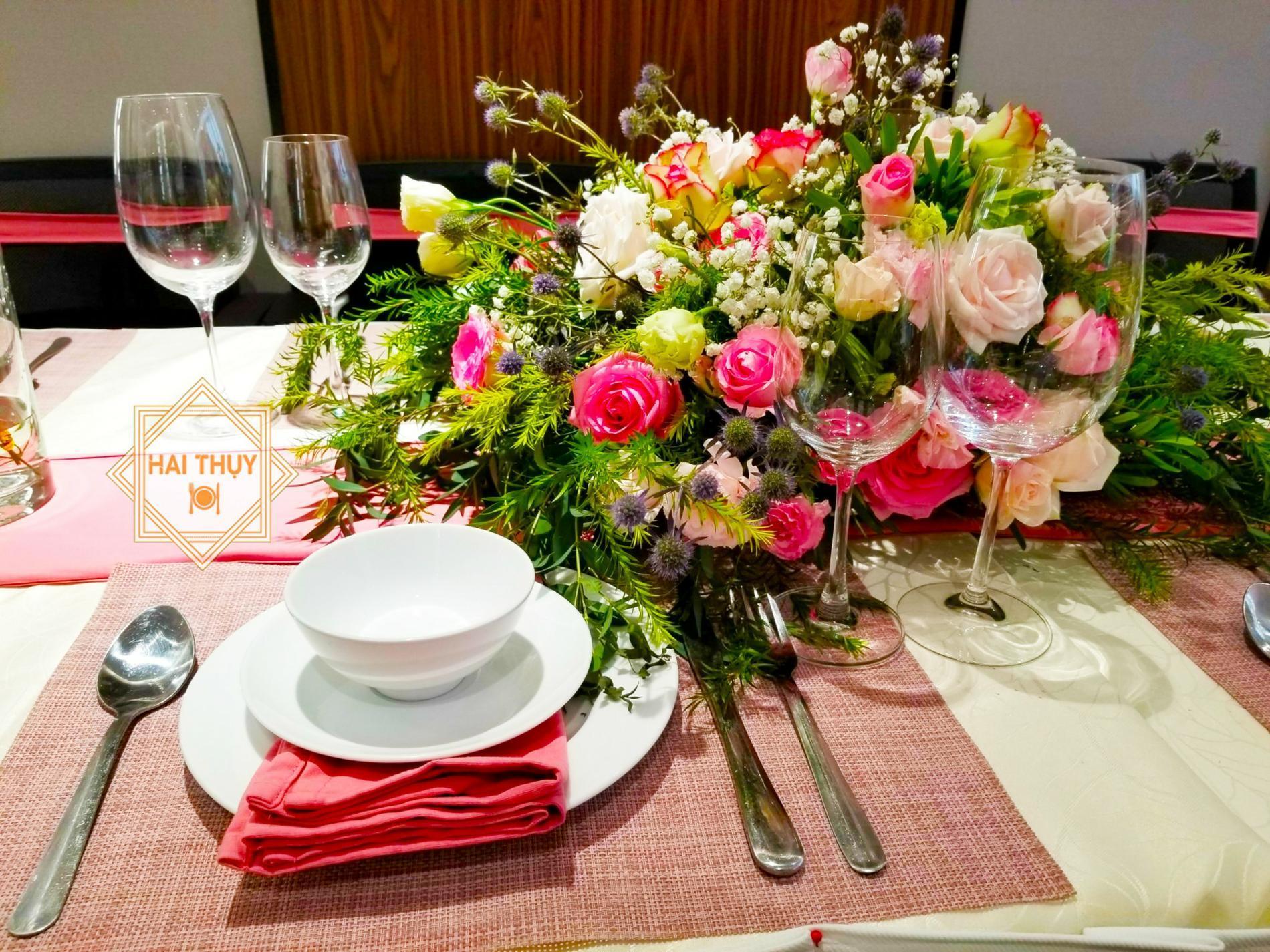 Đặt tiệc tân niên quận 1 độc đáo với ý tưởng tổ chức tiệc công ty Hai Thụy Catering